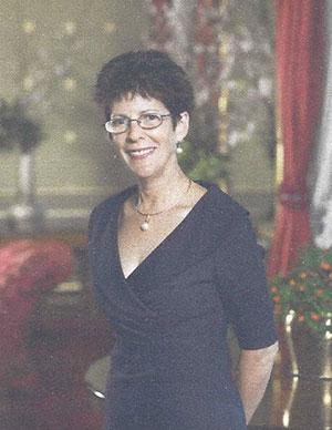 Mrs Linda Hurley